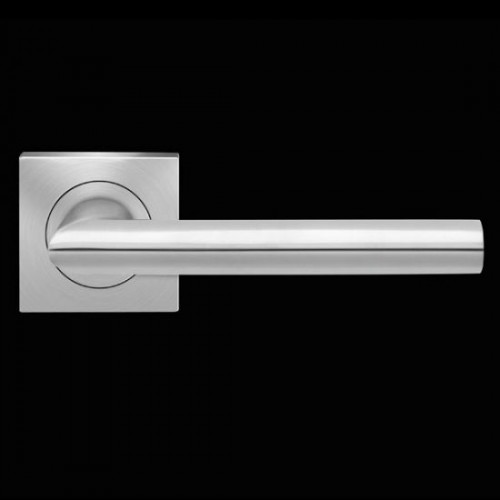 Karcher Design Verona ER37Q Door Lever Handle on a Square Rose